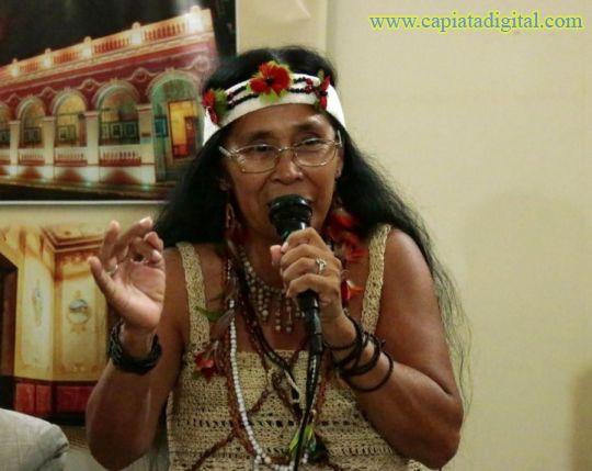 Primera indígena en sociedad de escritores