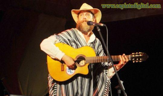 El Festival del Vapor Cué reúne a grandes artistas en Caraguatay