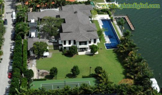 La mansión donde vivió Enrique Iglesias, a la venta por USD 18,5 millones