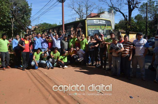 Se aviva conflicto de la Linea 52  La Candelaria con la comuna y usuarios