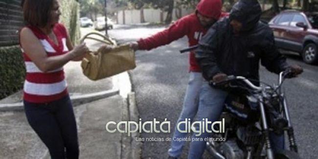 Motochorros asesinan a un joven en barrio Caacupemí de Capiatá