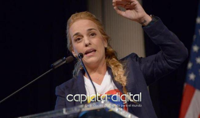 No dejan entrar a esposa de Leopoldo López a Ecuador