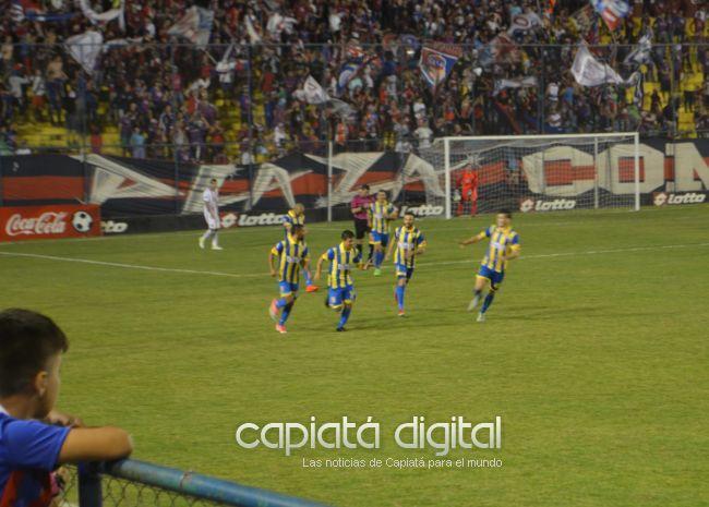 Capiatá ganó a Cerro y volvió a sonreír en el torneo