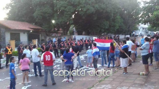 Escrache por inconducta de Derlis Osorio