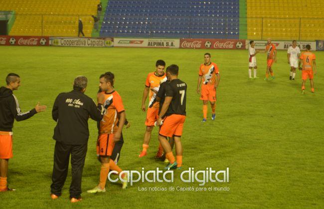 Pettirossi y 13 Tuyutí con el pie derecho en cuartos de final