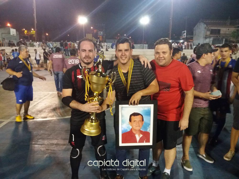 Triunfo es campeón en su primer año en la Federación Capiateña