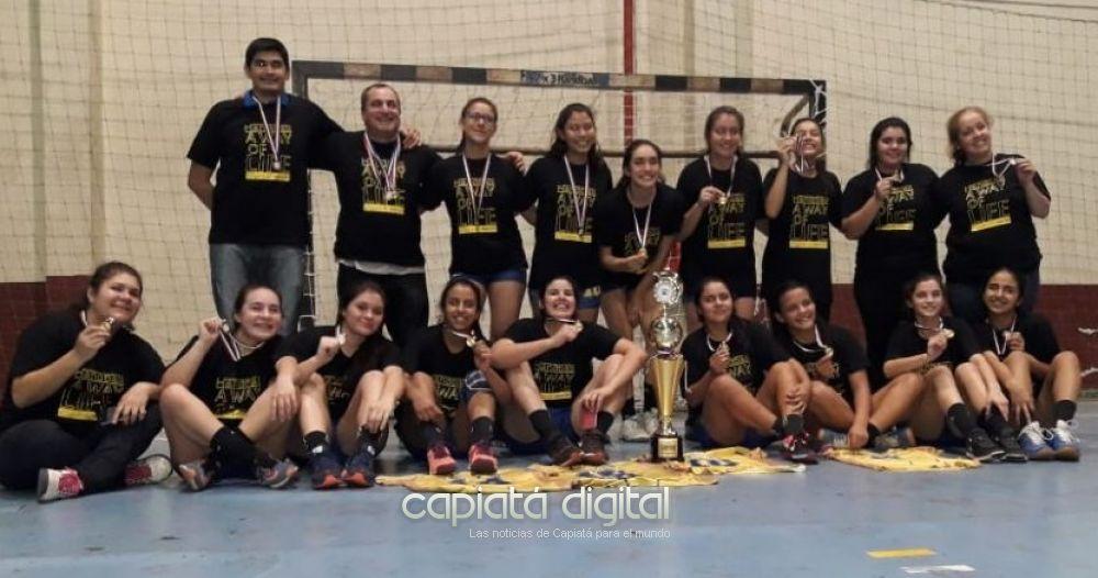 Capiatá campeón absoluto en Handball femenino