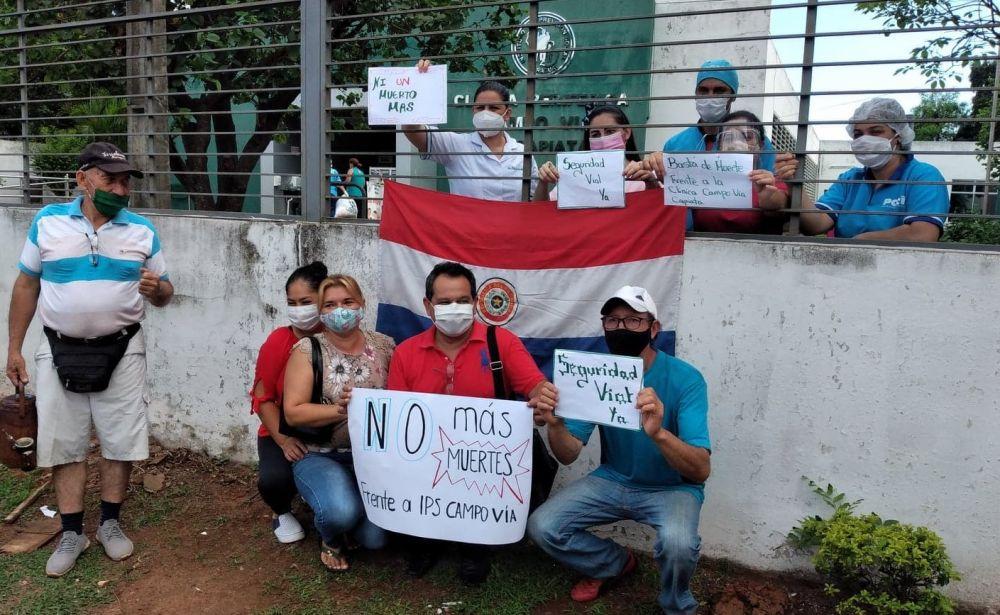 No más muertes frente al hospital, piden capiateños