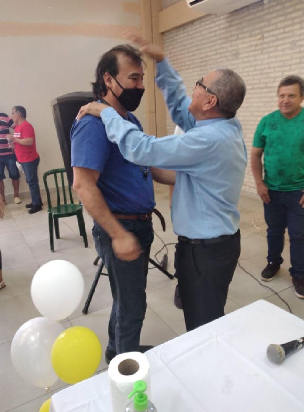 El pa´í Piter luego de 27 años comparte encuentro con capiateños